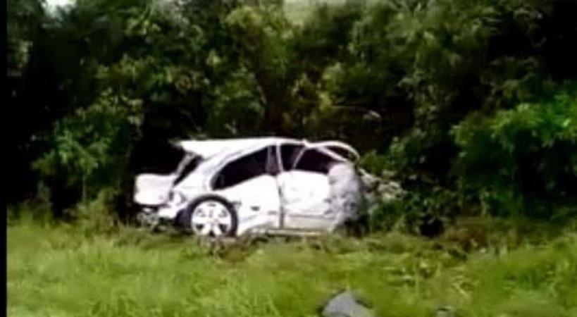 Murió un hombre en choque frontal entre dos automóviles