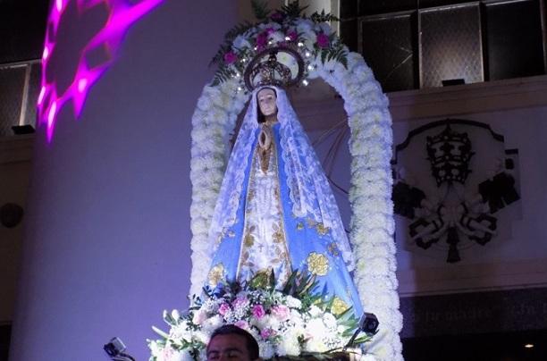 Con el tradicional saludo de la Virgen de Itatí se iniciaron los festejos patronales