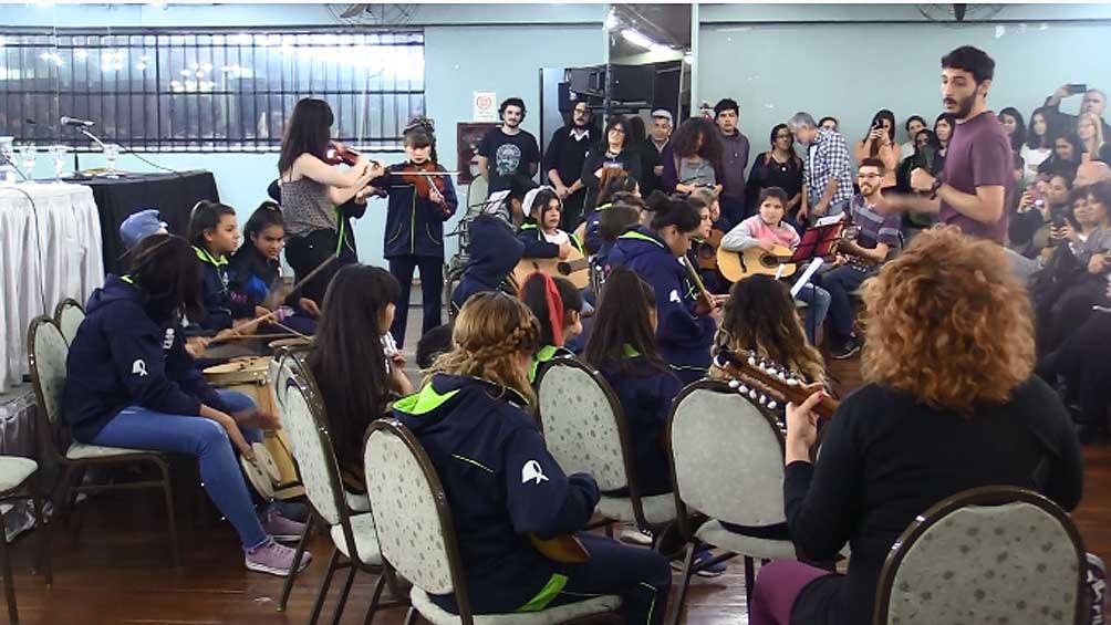 Tras Cartón, una orquesta de hijos de cartoneros que postula un modelo musical federal