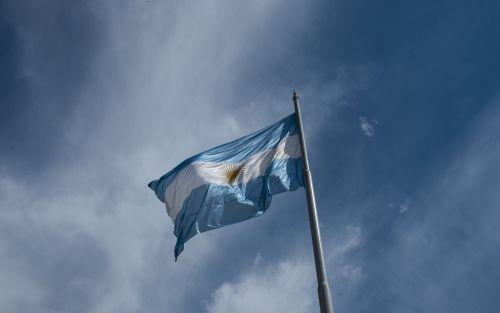 Argentina recurre a US$1.300m del Banco Central para pagar deuda