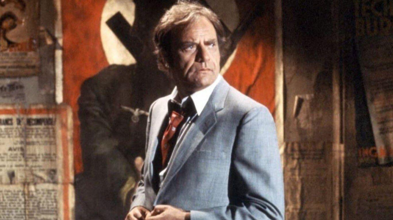 """La tragedia de Vic Morrow, el actor que murió decapitado en """"La dimensión desconocida"""" y predijo su destino"""