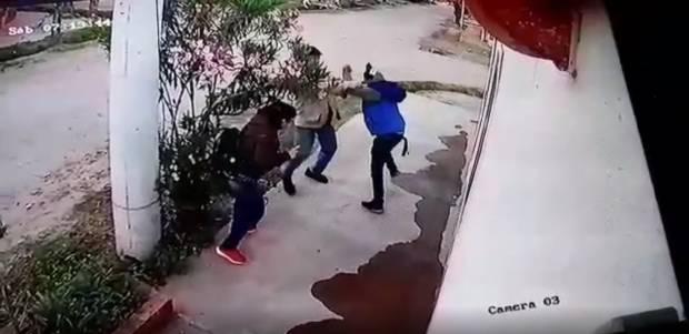 heridos-por-un-delincuente-armado-con-un-cuchillo