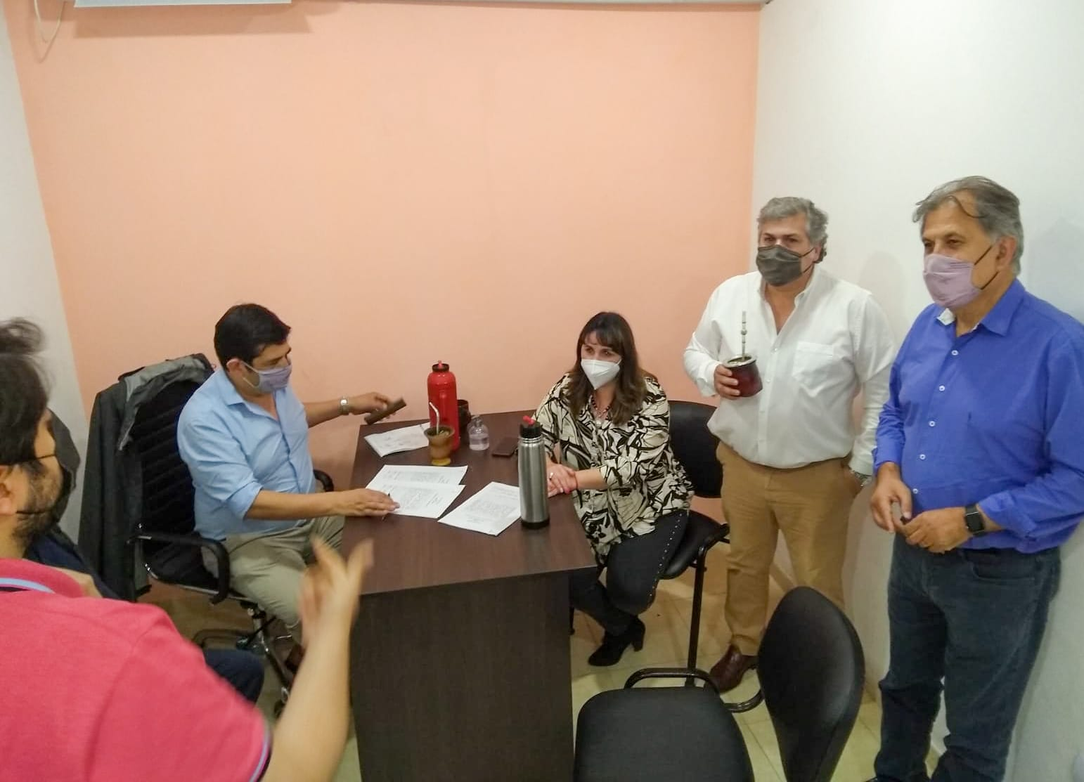 el-frente-de-todos-cerro-alianzas-en-los-15-municipios-que-elegiran-intendentes