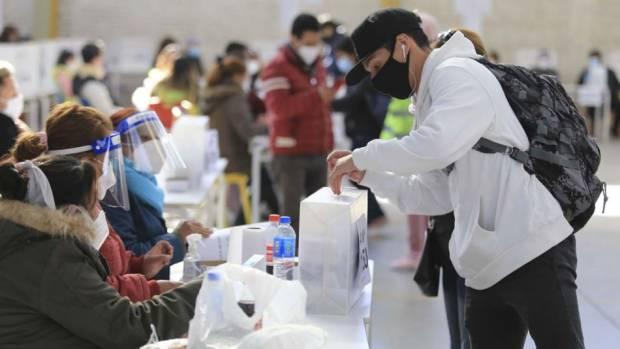 los-jovenes-de-16-a-18-anos-van-a-votar-en-las-comunas-de-corrientes-donde-se-elige-intendente