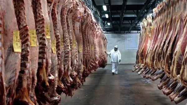 cepo-a-la-carne:-la-aduana-denuncio-a-dos-frigorificos-que-intentaron-exportar-cortes-prohibidos